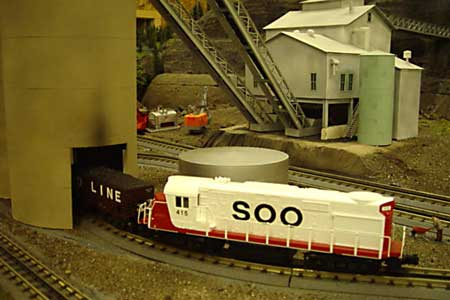 A visiting SOO SD40-2 at the Alberta Mine